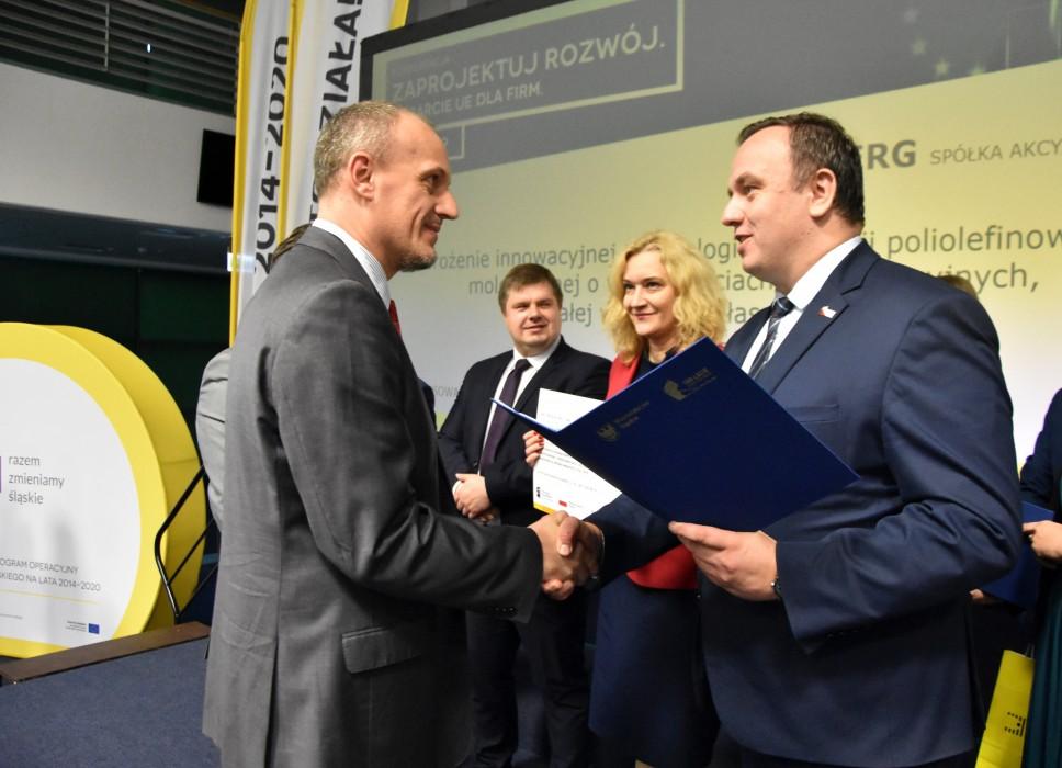 Zdjęcie do wiadomości: Śląskie wspiera przedsiębiorców