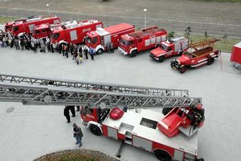 Sprzęt i wozy gaśnicze dla strażaków-ochotników