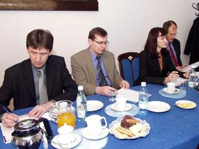 Pierwszy z lewej: Timo Ronkainen – Doradca Przedakcesyjny z Departamentu Zarządzania