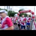 Start biegu przy Pomniku Powstańców Śląskich w Katowicach. fot. Tomasz Żak / UMWS