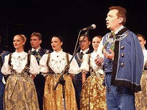 """W programie koncertu """"Europa"""" znalazły się ludowe utwory z wielu regionów."""
