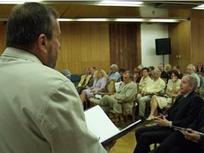 Konferencję otwiera dyrektor SCDK Eugeniusz Paduch